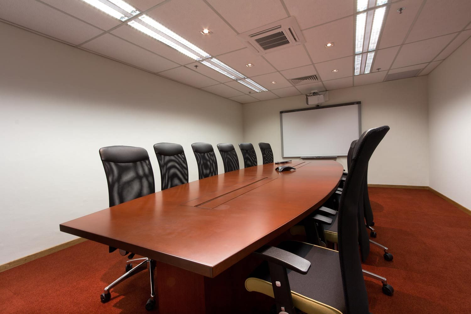 embry-riddle-meeting-room